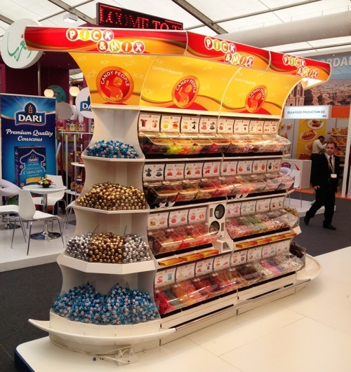 2 Akriforms Quickbox Display System in Dubai at Gul Foods Expo e1362651735299 Akriform på Gulfood 2013 i Dubai (Hall 9 Stand C9 1)   Akriform