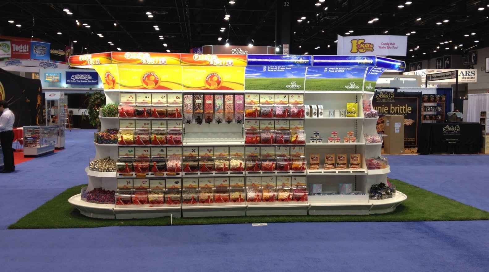 Sweets and Snacks Expo 2013 Booth Backside straight with TurnOflex.jpeg