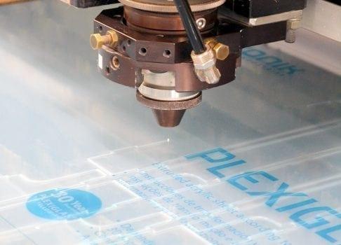 Laserskärning plexiglas Akriform