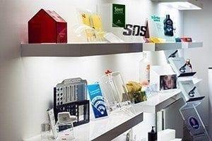 Specialtillverkade akrylprodukter
